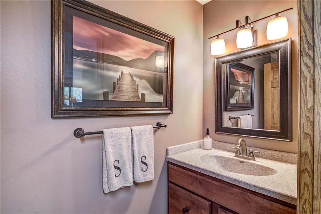 1820 Pine Avenue E Property Photo 23