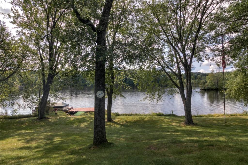 3304 Riverview Drive Property Photo 3