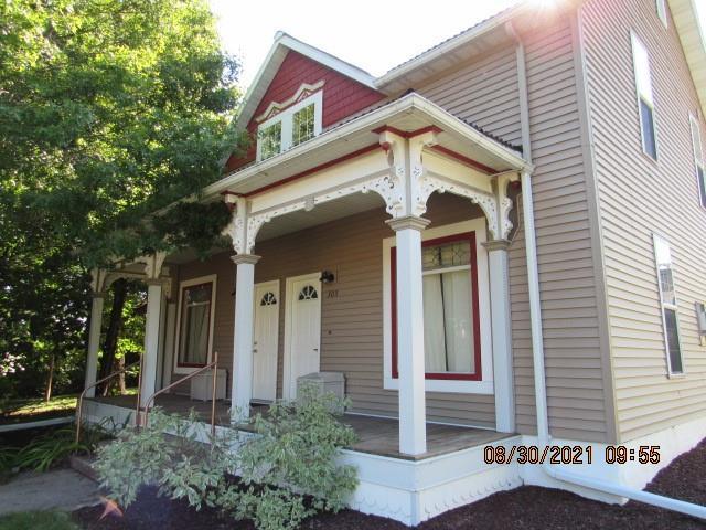 303-305 W Willow Street 2 Property Photo