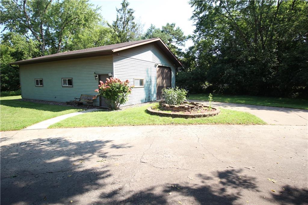 325 Beaver Street Property Photo 39