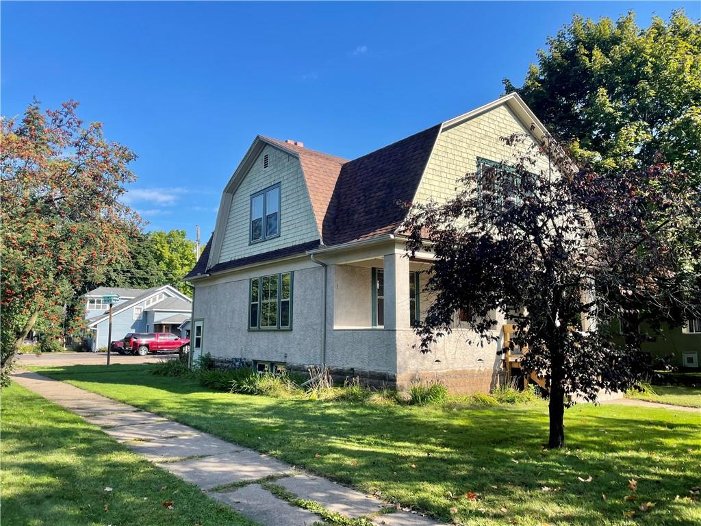 620 W Willow Street Property Photo 2