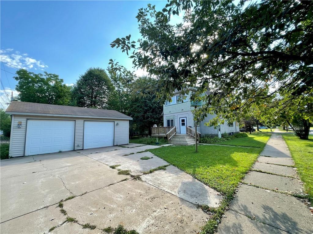 620 W Willow Street Property Photo 4