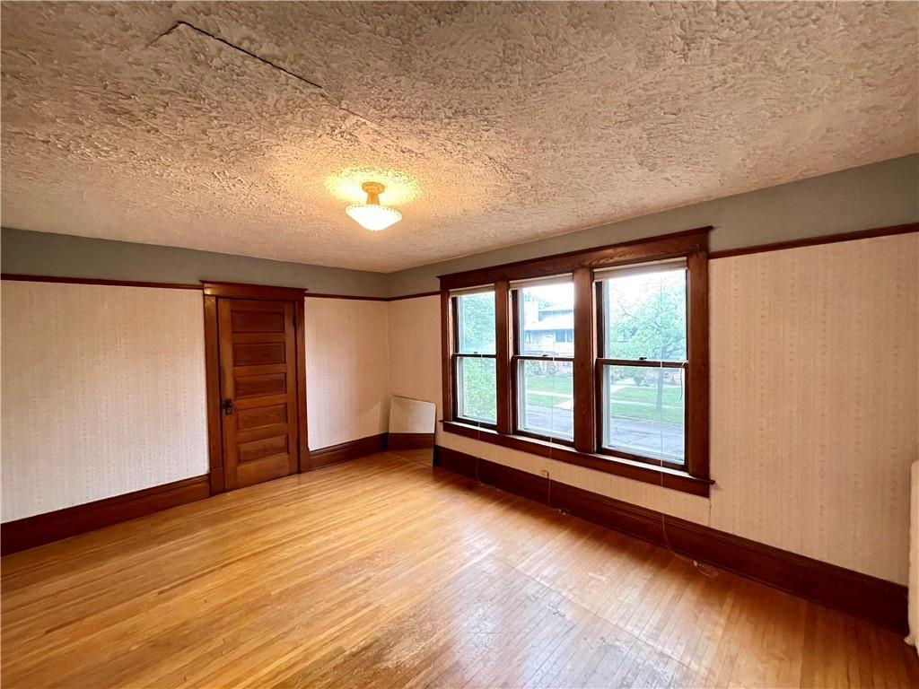 620 W Willow Street Property Photo 15