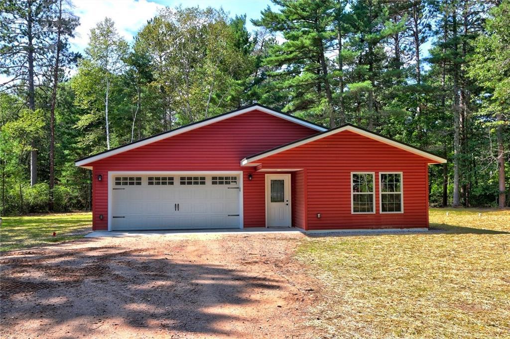 10401n Sawmill Road Property Photo 1