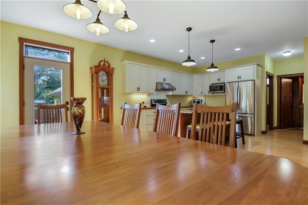 511 Miles Street Property Photo 10