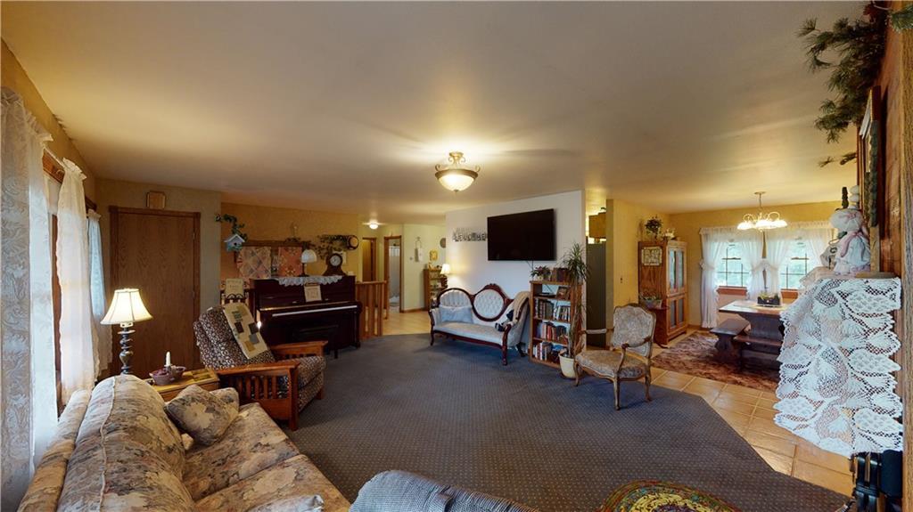N2475 510th Street Property Photo 7