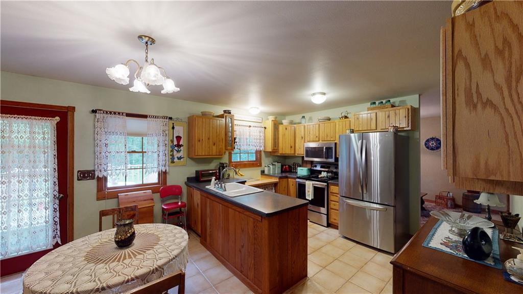 N2475 510th Street Property Photo 11