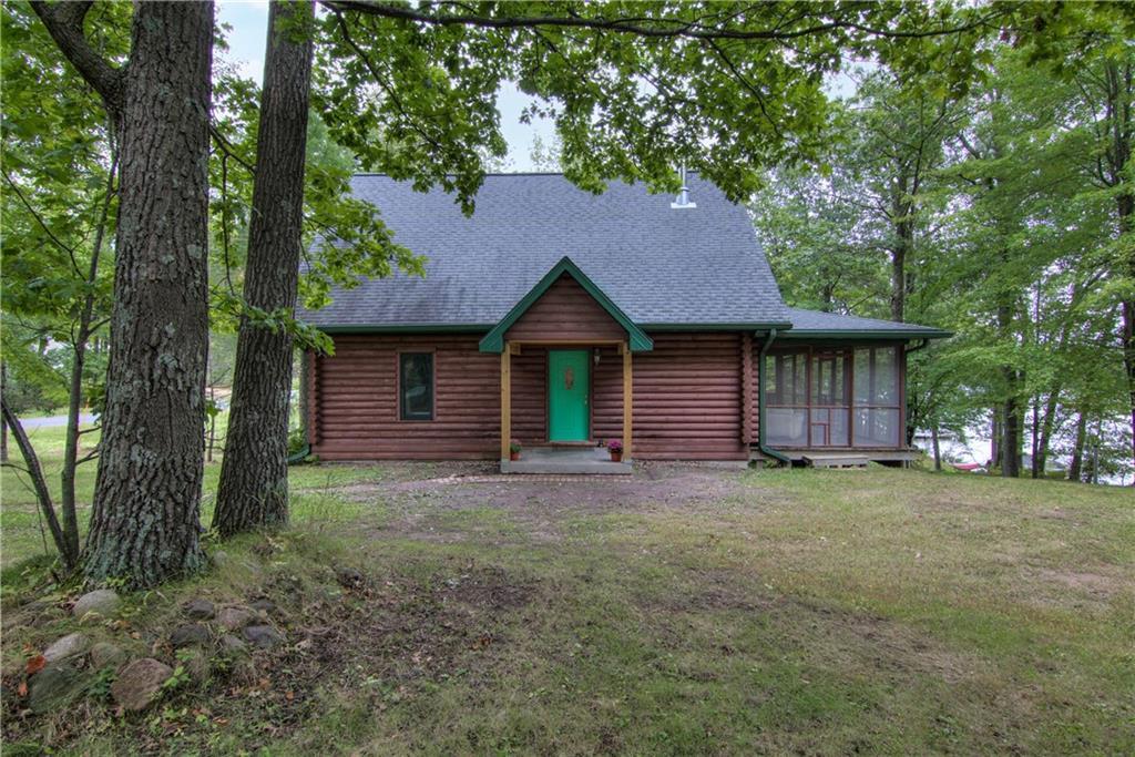 N1077 Deerhead Point Road Property Photo