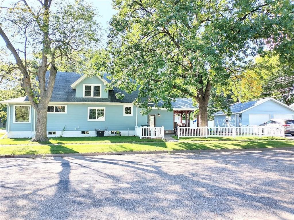 1204 Garfield Avenue Property Photo 1