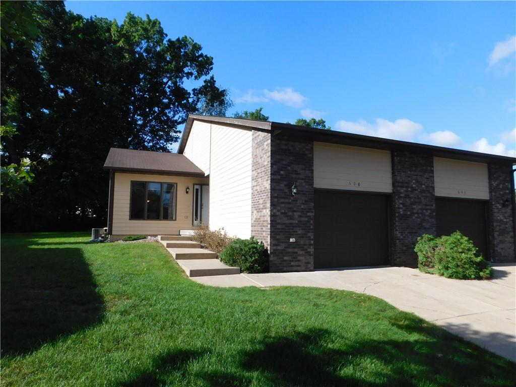 Woodridge Addition Real Estate Listings Main Image