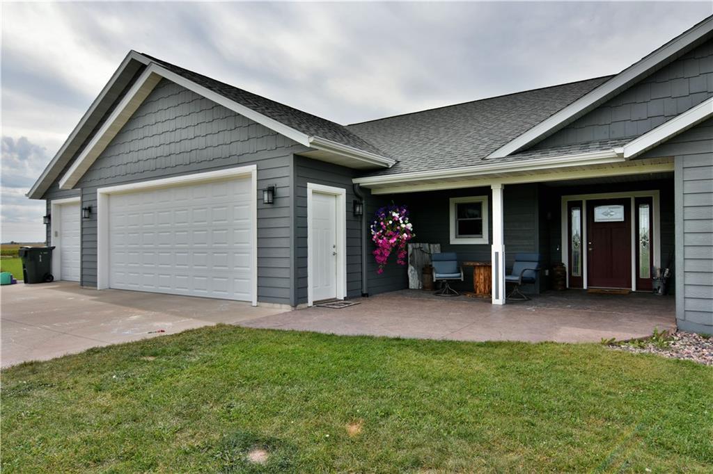 31- Cameron Schl Dist Real Estate Listings Main Image