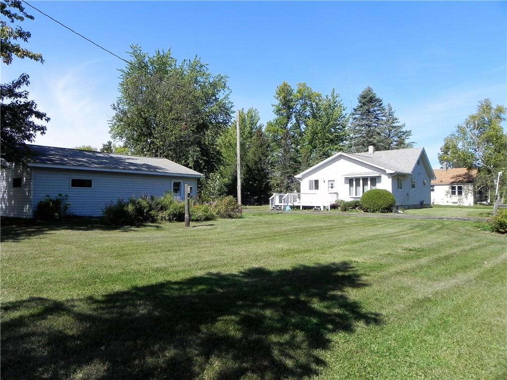 23675 Range Line Road Property Photo
