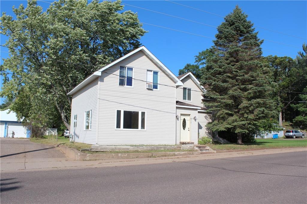 315 Oak Street Property Photo
