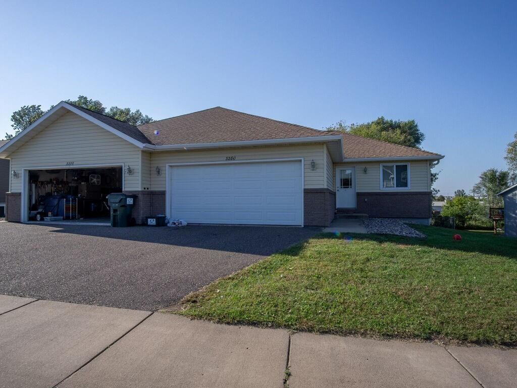3278 White Oak Lane 1-2 Property Photo
