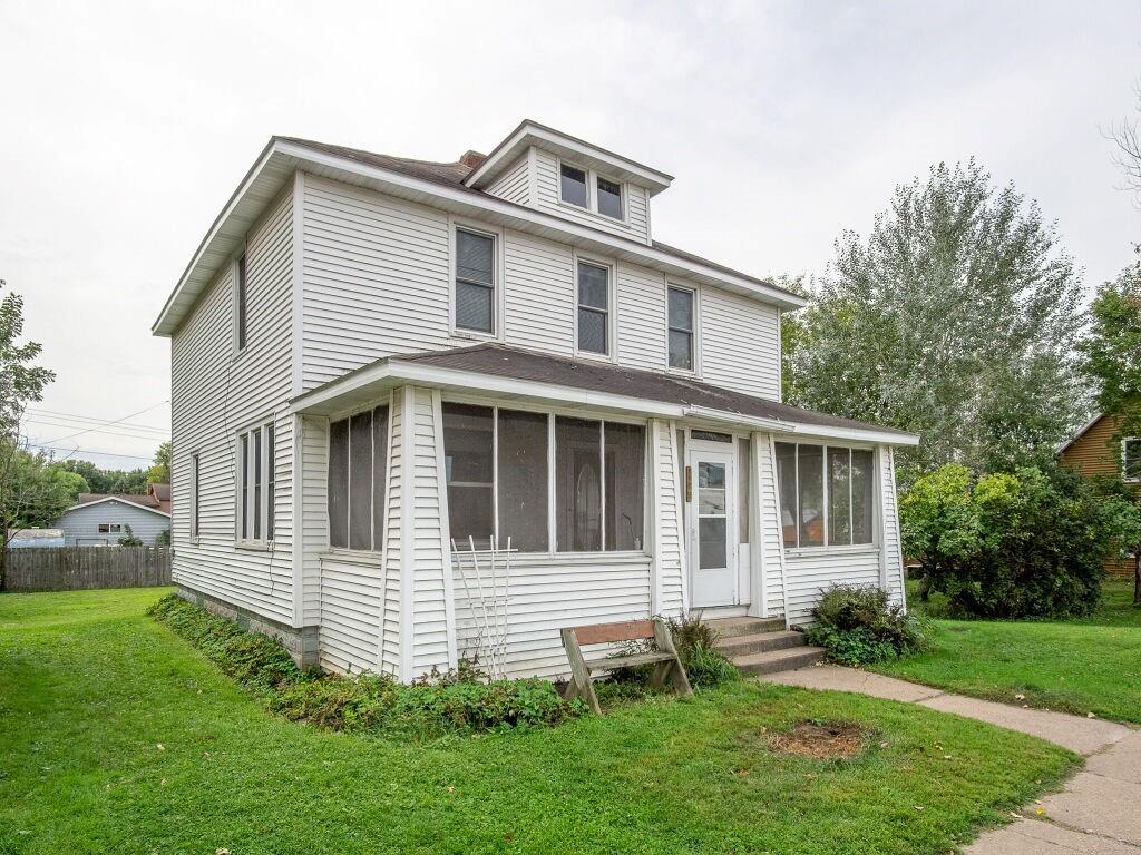112 W Brown Street Property Photo