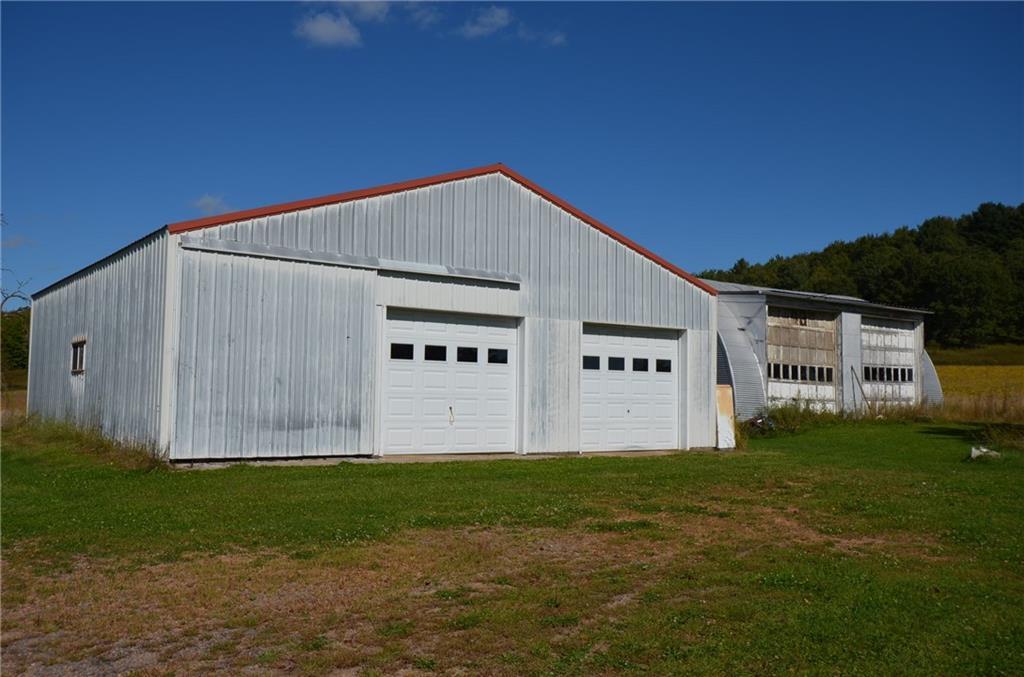 10145 S County Road V Property Photo 3