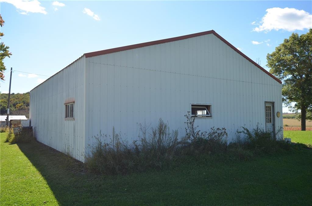 10145 S County Road V Property Photo 5