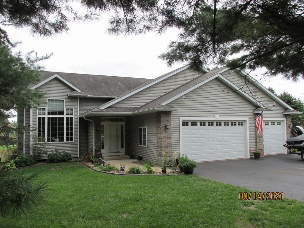 4315 E Pinewood Circle Property Photo