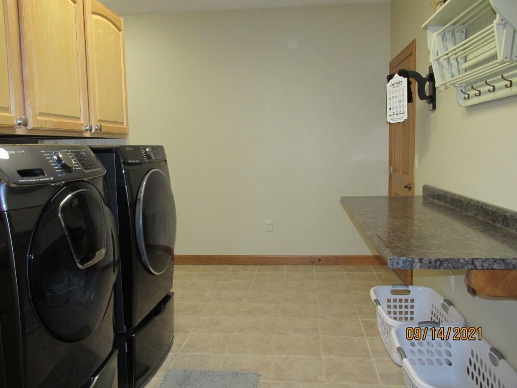 4315 E Pinewood Circle Property Photo 21