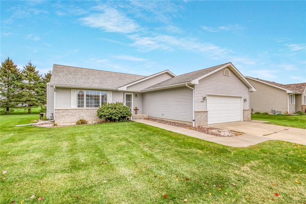 3329 E Meadows Place Property Photo 1
