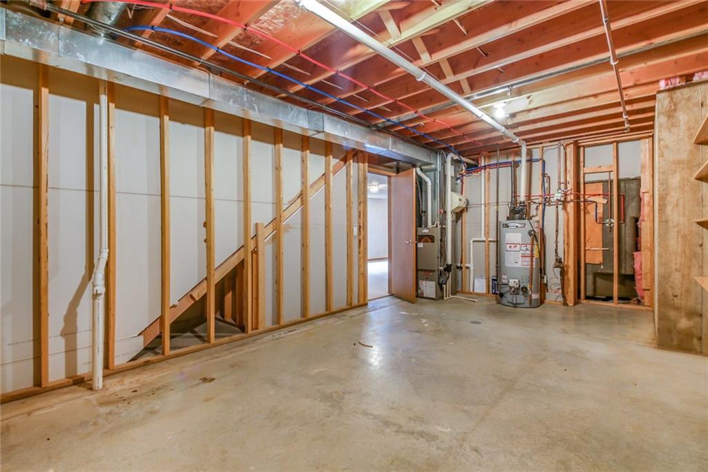 3329 E Meadows Place Property Photo 25