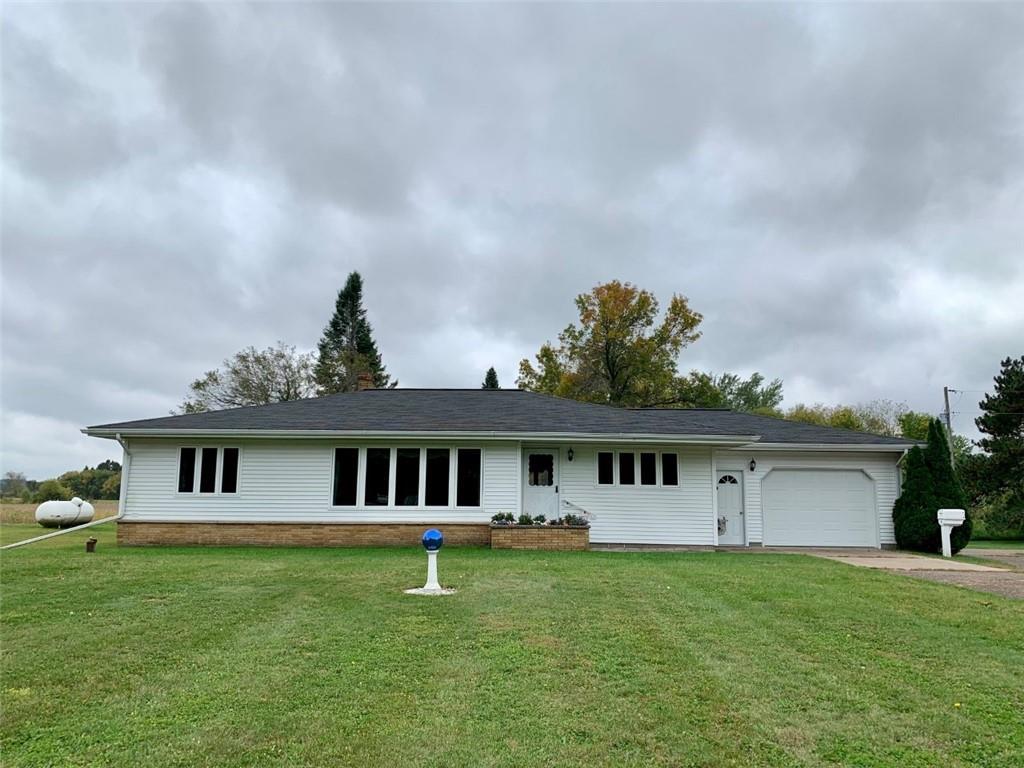 E5515 County Road V Property Photo