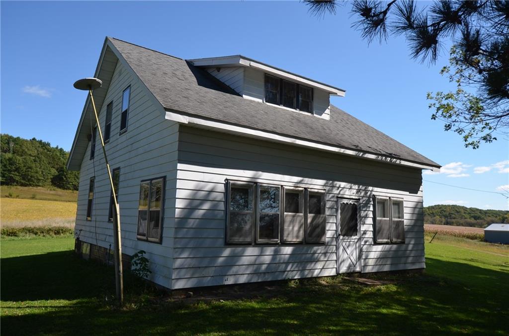 10145 S County Road V Property Photo 4