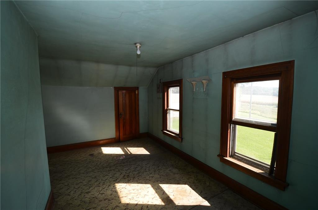 10145 S County Road V Property Photo 22