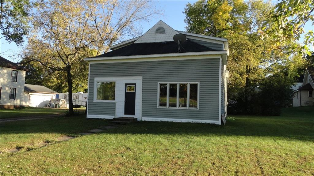 208 W Main Street Property Photo