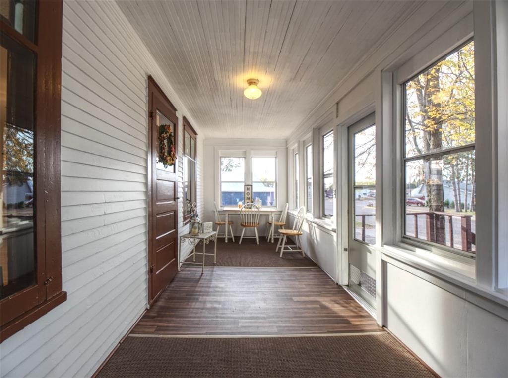 908 15th Avenue Property Photo 2