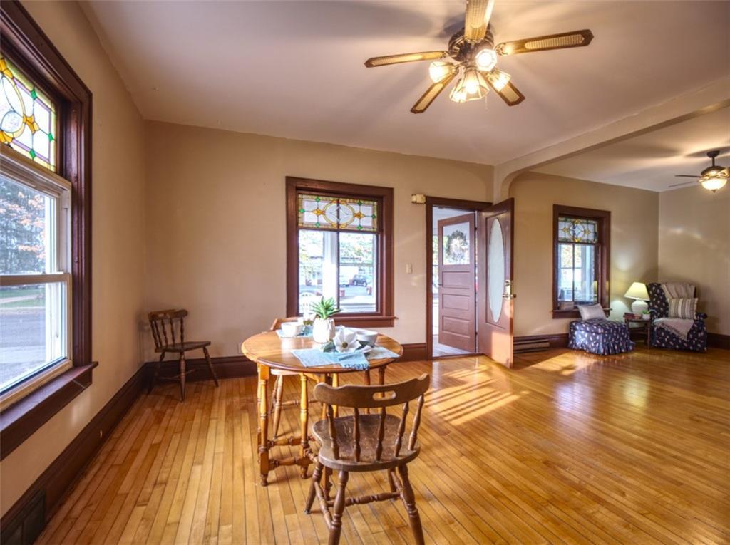 908 15th Avenue Property Photo 4
