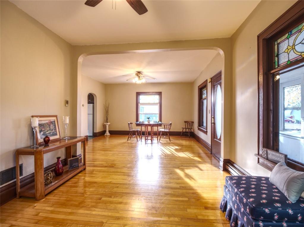 908 15th Avenue Property Photo 7