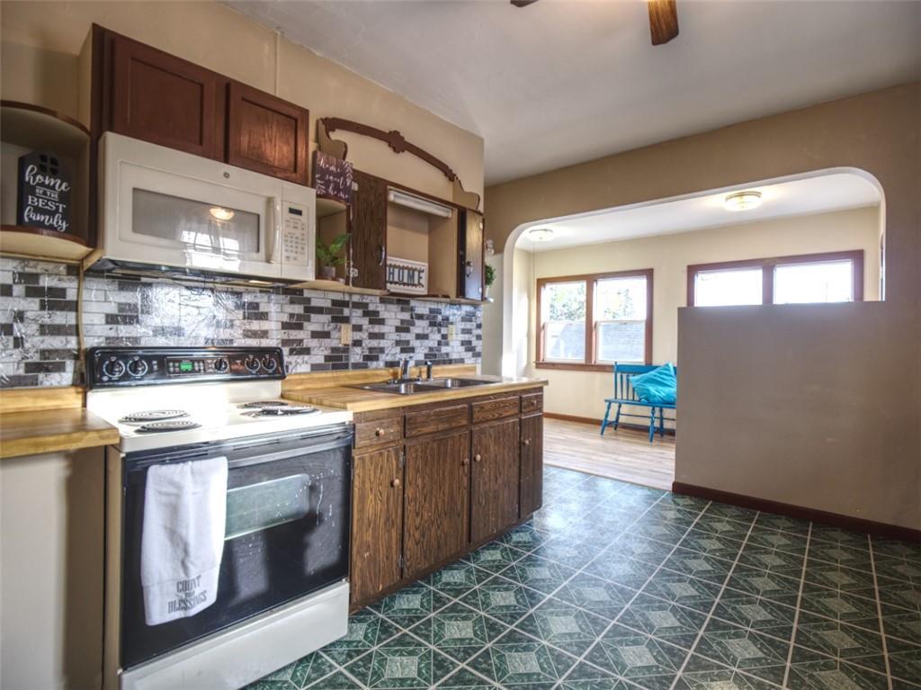 908 15th Avenue Property Photo 10