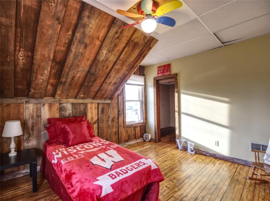 908 15th Avenue Property Photo 16