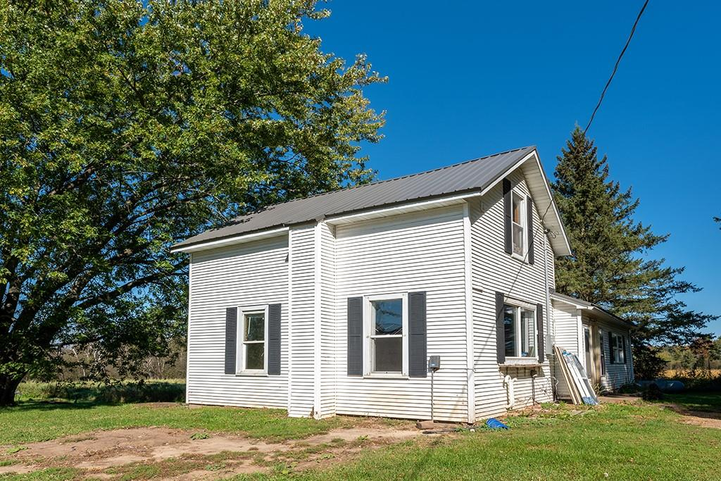 S15460 Townline Road Property Photo
