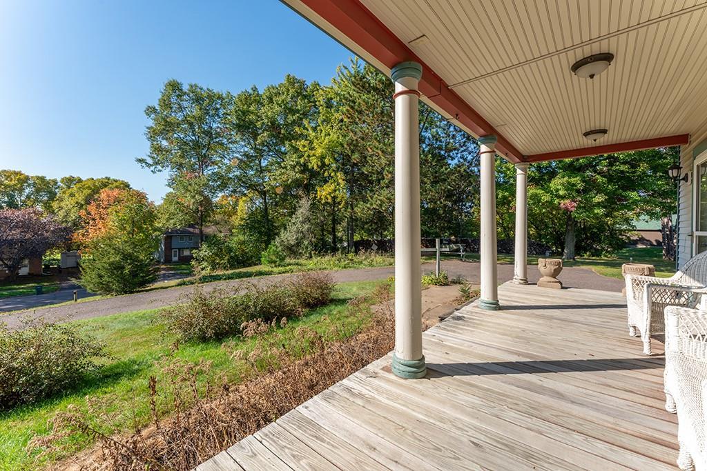 612 Bridgewater Avenue Property Photo 15