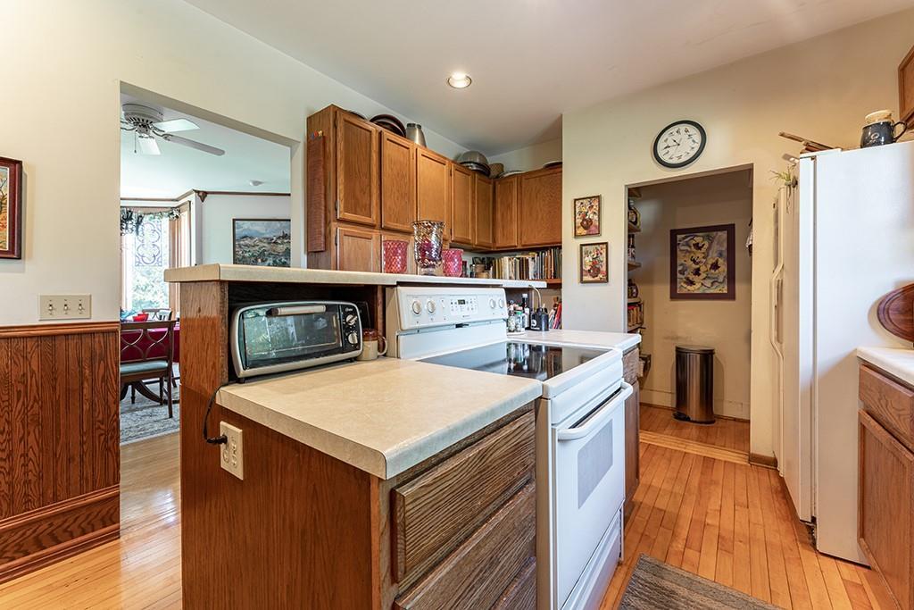 612 Bridgewater Avenue Property Photo 26