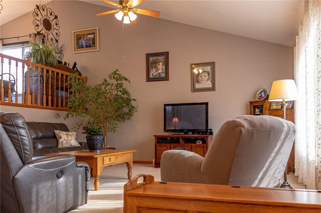 N1725 950th Street Property Photo 5
