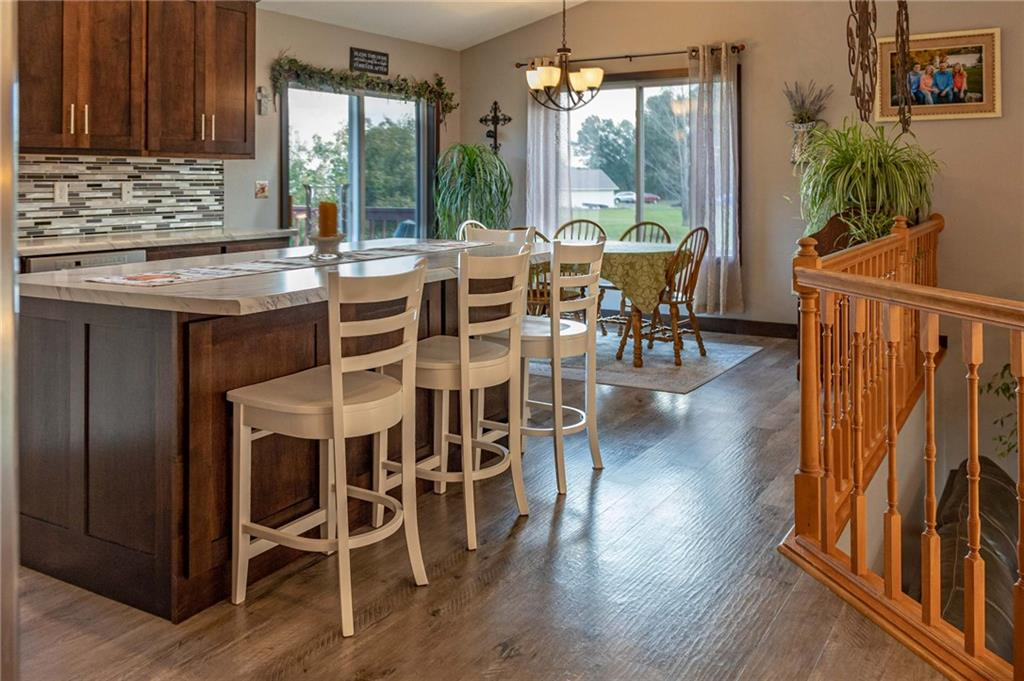 N1725 950th Street Property Photo 8
