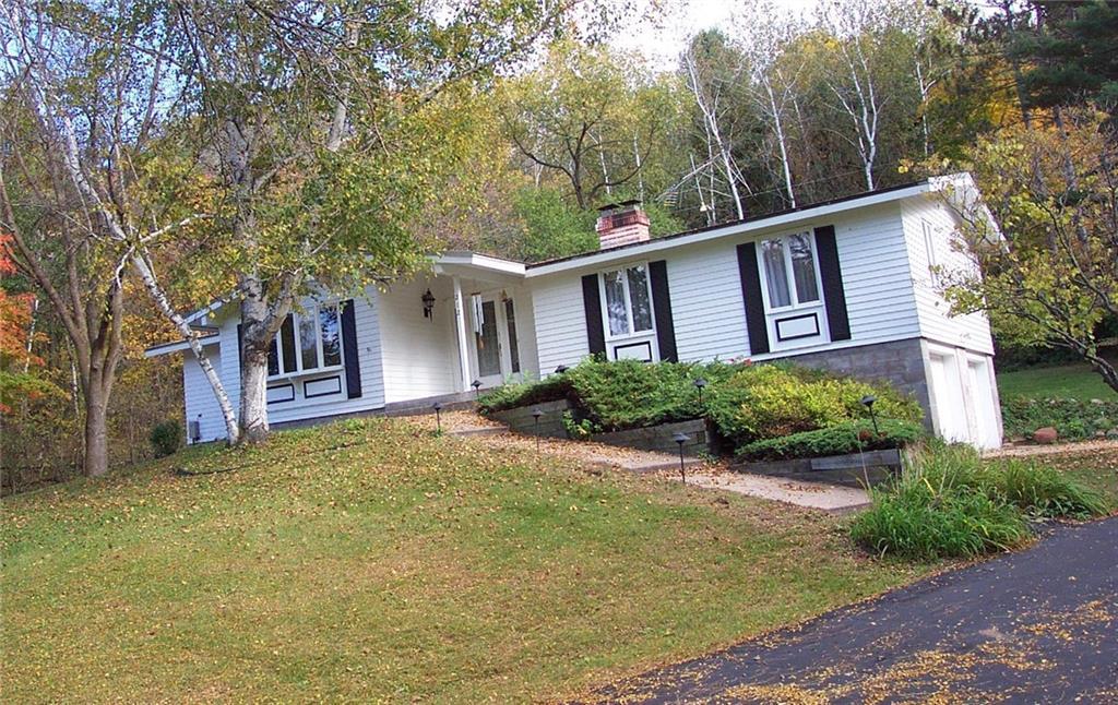 212 2nd Avenue E Property Photo