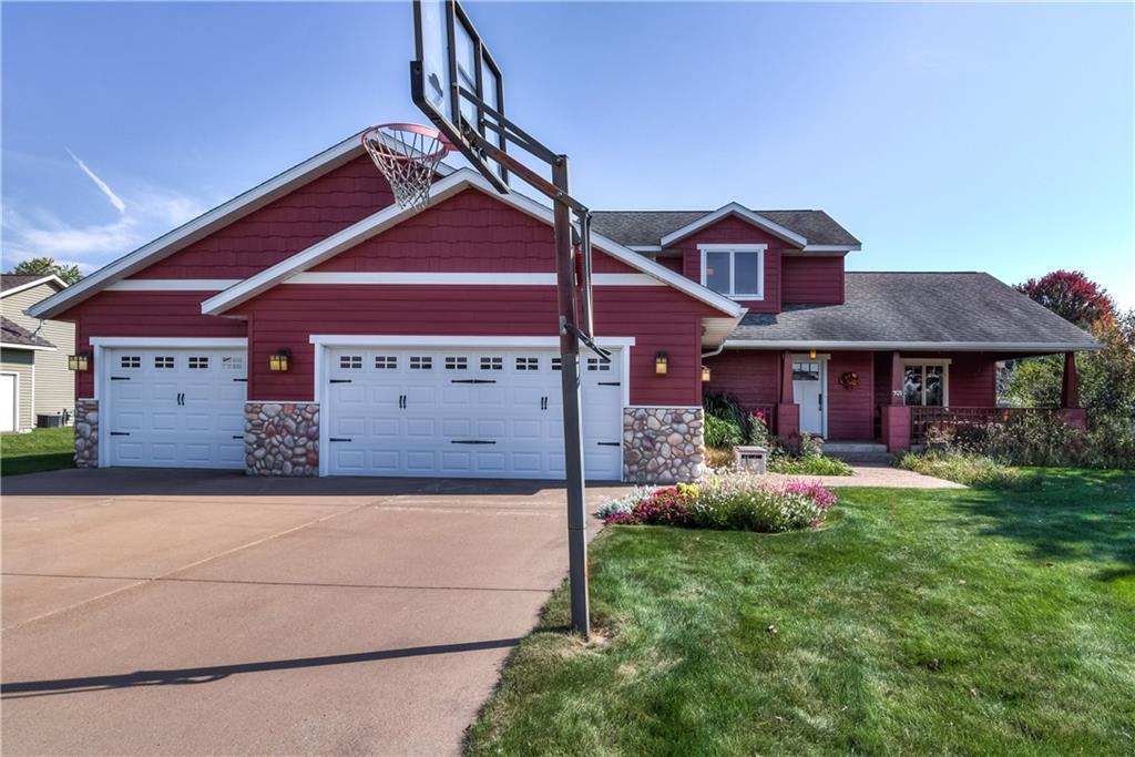 901 Bluff View Circle Property Photo 1