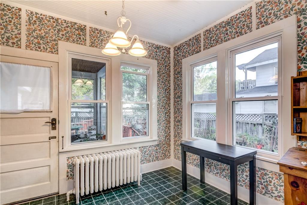 510 W Columbia Street Property Photo 8