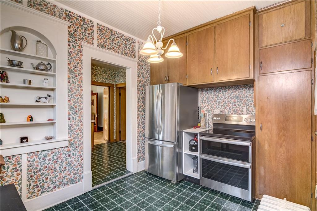 510 W Columbia Street Property Photo 9