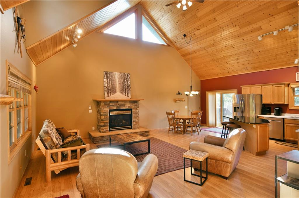 3649 Bay Drive Property Photo 11