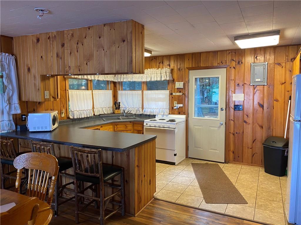 W 8650 Peninsula Road Property Photo 10