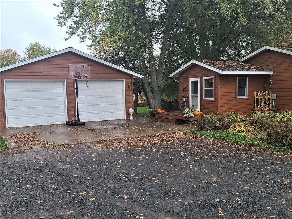 2264 State Road 46 Property Photo 2