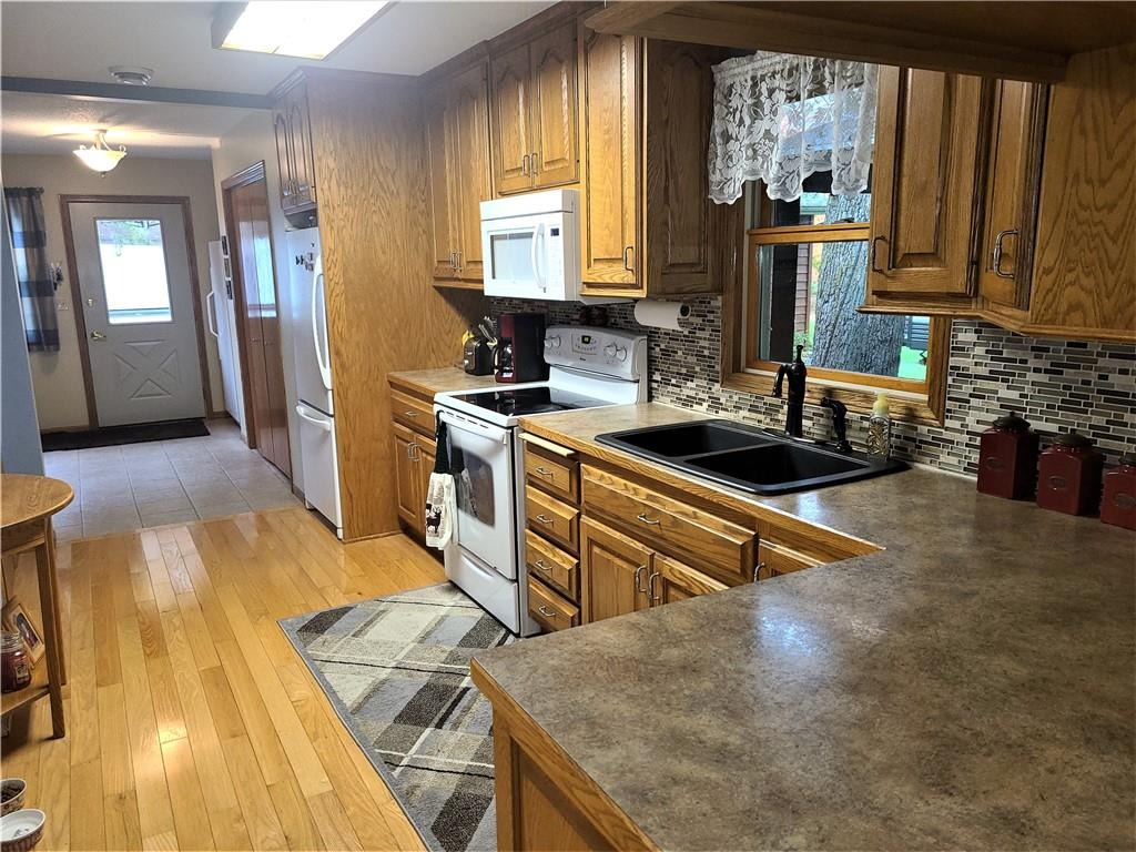2264 State Road 46 Property Photo 10