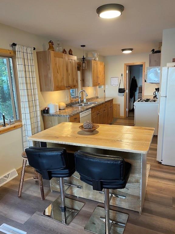 8703 N Brossard Road Property Photo 9