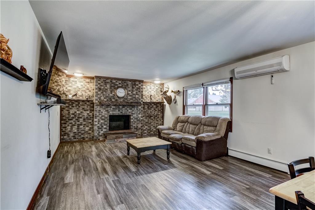 1239 N 3rd Street Property Photo 8