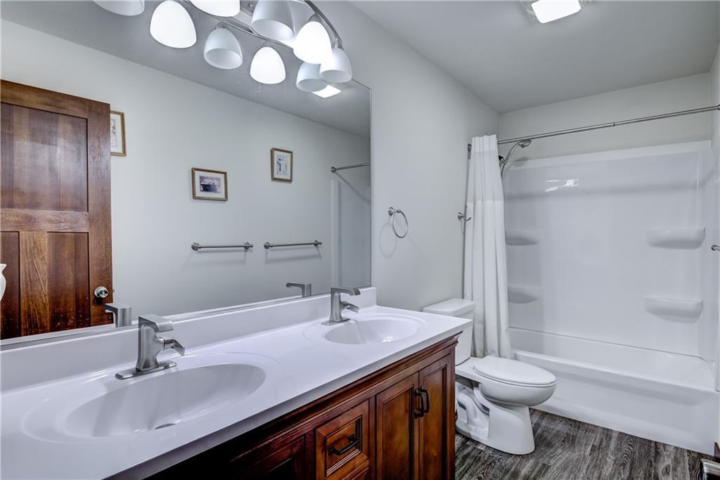 1239 N 3rd Street Property Photo 14
